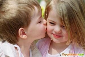 cute-kids-girl-boy-kiss-photo
